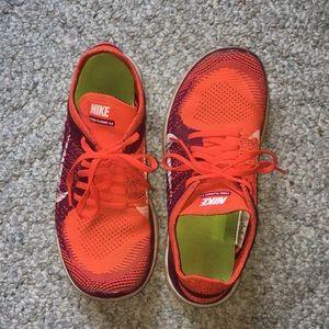 8.5 Nike shoes